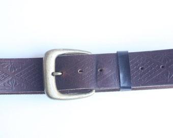 Vintage Levi's Men's Brown Leather Stamped Belt