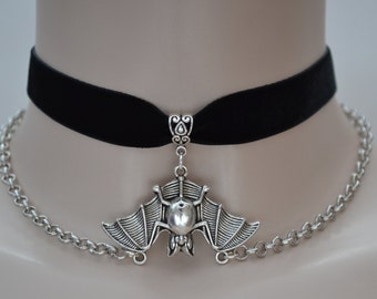 Large 3d BAT Charm With CHAIN BLACK 16mm Velvet Ribbon Choker Necklace -tf... or choose another colour velvet from a wide choice