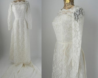 Vintage 1950s White Lace Wedding Gown with Train