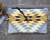 Traveler Wallet Wristlet // Pendleton Tribal Grey Leather // Rosebud Originals
