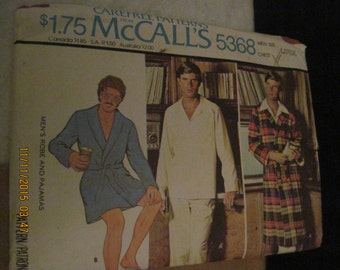 Vintage McCALL'S CareFree Pattern #5368..sz.LG...Mens P.J.'s & Robes..1976...#5