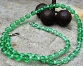 Vintage GREEN Art Deco Vaseline Glass Necklace