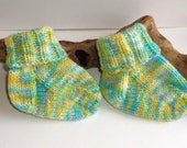 Hand knitted self patterning baby girls or boys socks. 9 to 18 months. UK 3  EU 19  US 3.5 Unisex