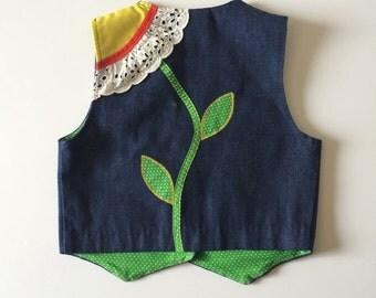 1970's Eylet Daisy Vest (8)