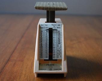 Vintage Pelouze Postal Scale - Petite Letter Scale - 1963 - Retro - Desktop - Industrial