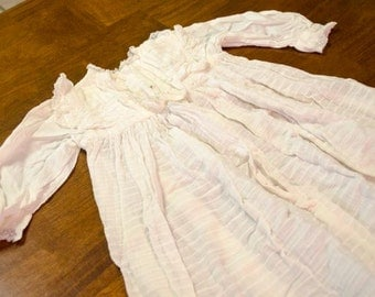 Vintage Baby Christening Gown, 0 to 3 months approximately, photo prop or display