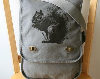 Squirrel Canvas Messenger Bag Laptop Bag