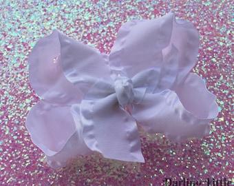 White Ruffle Bow -- White Large Boutique Bow -- double ruffle ribbon -- STUNNING