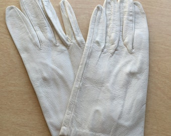Beige Leather Gloves Womens size 7 1/2