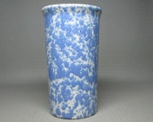 bennington pottery vase number 1398 with a david gil hand logo , blue and white agate