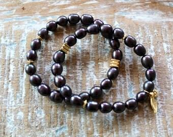 Black pearl bracelets - set of two - fresh water pearls - stretch bracelets - boho bracelets  - boho glam