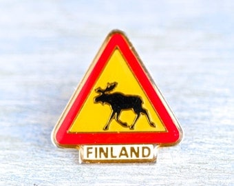 Finland Badge - Danger stag Sign - Souvenir Lapel Pin