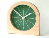 Objectify Classic Desk Clock