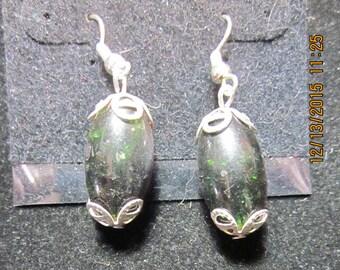 Earrings Jen 2 dark red green sparkles