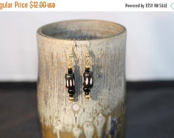 Back from vacation sale - Black and White Bead Earrings - Item 1182