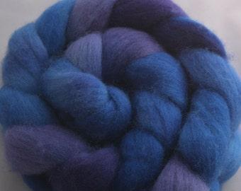 Blurple - Corriedale roving spinning fibre