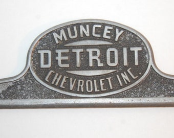 40s License Plate Holder Muncey Detroit Chevrolet Inc. with Topper Rare Antique