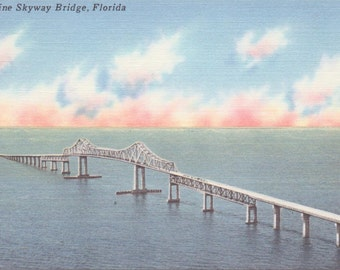 Sunshine Skyway Bridge, Florida - Linen Postcard - Unused (A11)