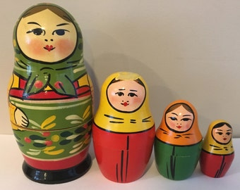 Vintage Nesting Stacking Wooden Russian Matryoshka Doll