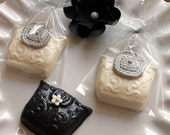Chocolate Purses - Wedding Favors, Holiday Gift,  Bridal Shower, Fashion Events - (Custom Colors)