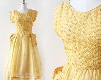 Pyramid Pleated Dress / 1940s Golden Dress / 1940s Dress with Pockets / Pleated Design Yellow Dress / Extra Small 25 Waist