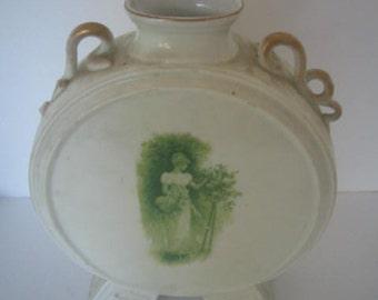 Vintage Printemps Vase Scenic