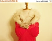 Holiday SALE Vintage White Fox Fur Collar With Brown Accents