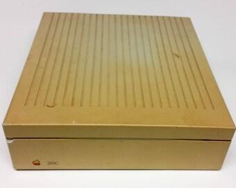 Apple Hard Disk 20SC ~ Model M26604