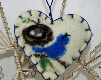 Needle felted heart ornament, Forget me not heart ornament with robin and nest, bird on branch felt ornament, green felted heart pincushion