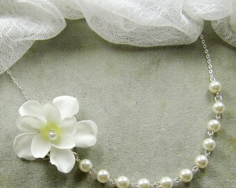 SET of 5 - Flower pearl necklace, bridal, bridesmaids necklace, wedding jewelry - W059