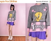 SUMMER SALE 90s Tweety Bird Sweater