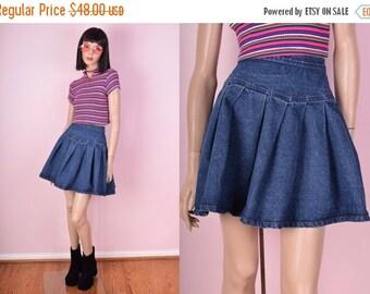 SUMMER SALE 80s Blue Denim Pleated Skirt/ 25 Waist/ 1980s/ Jean Skirt/ High Waisted