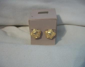 Vintage Avon Goldtone Royal Crown Clip Earrings