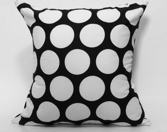 "18""X18"" Black and White Polka Dot 
