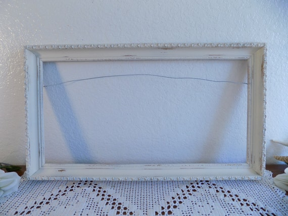 Ivory Antique White Ornate Shabby Chic Picture Frame Up Cycled Vintage Wood Photo Decoration Spring Summer Wedding Decoration Cottage Home