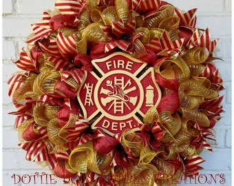 Sandblasted Firemans Maltese Cross Mess Wreath