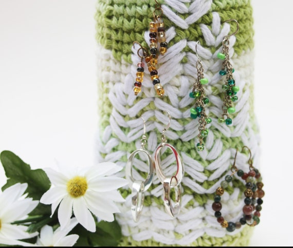 Bottle cozy EARRING storage and display Jewelry Wine bottle Lime green with leaves Heart Crochet