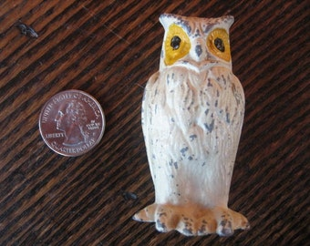 "Miniature White Snowy Owl Figurine Cast Metal 2.5"" Chippy Finish Yellow Eyes"