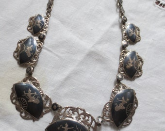 1950s SIAMESE STERLING Pierced Fan Shaped Niello NECKLACE