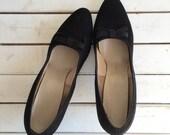 Vintage 50's Black Bow Heels / Suede Pinup Pumps 7 7.5