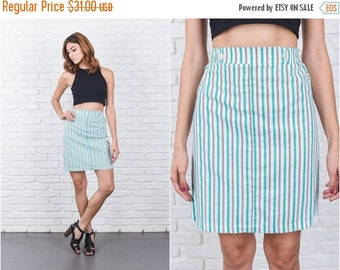 ON SALE Vintage 80s White + Green Retro Skirt Striped Mini Cotton Medium M 7756 vintage skirt white skirt green skirt striped skirt mini ski