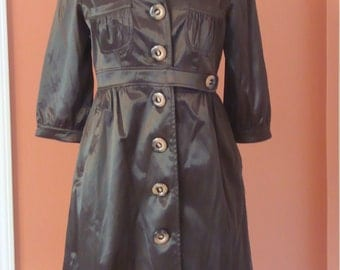 Button-down Trench Size Small, Shiny Brown Color