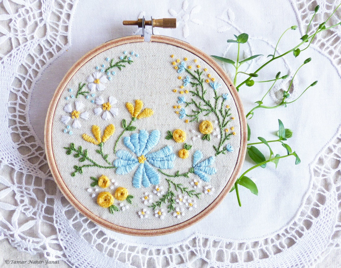 Hand embroidery kit hoop art by tamarnahiryanai