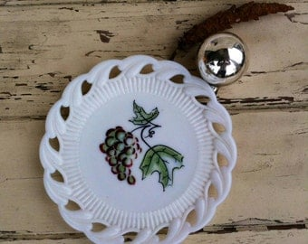 Antique Westmoreland Milkglass Plate With Hand Painted Grapes - Vintage Collectible Glass, Wall Decor + Art, Home Decor, Milk Glass Gift