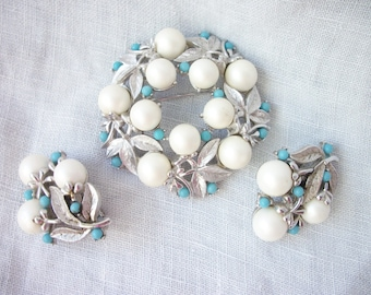 Elegant ~ 'Alaskan Summer' Sarah Coventry Brooch and Clip on Earrings set White Pearl faux Turquoise ~ Silver tone