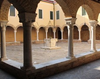 Venice Photograph, Travel Photography, Italy Picture, Picture of Church, Courtyard, Italian Art, Monastery, Cloisters, Catholic Church