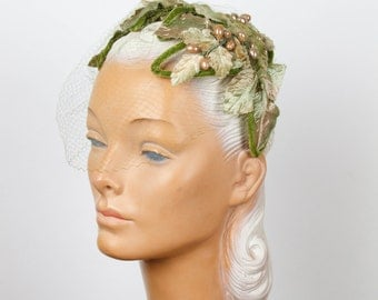 1950s Hat // Leaf Velvet Millinery Headband with Green Veil