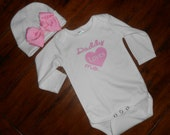 Daddy Loves Me Baby Onsie and Beanie Set