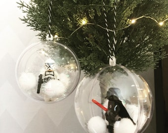 One Lego Minifigure Bauble. Star Wars Decoration. Either Darth Vader, Yoda, Storm trooper, C3PO, Chewbacca,Han Solo.