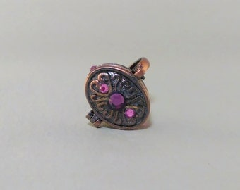 Copper Poison Ring with Pink and Purple Stones